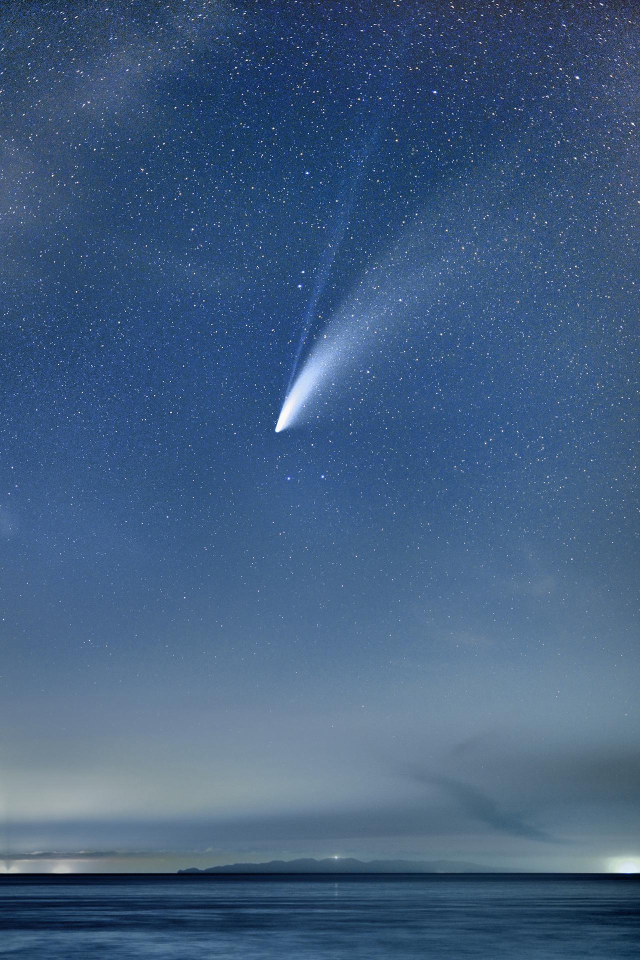2020 3 星 月 西 の 明るい 空
