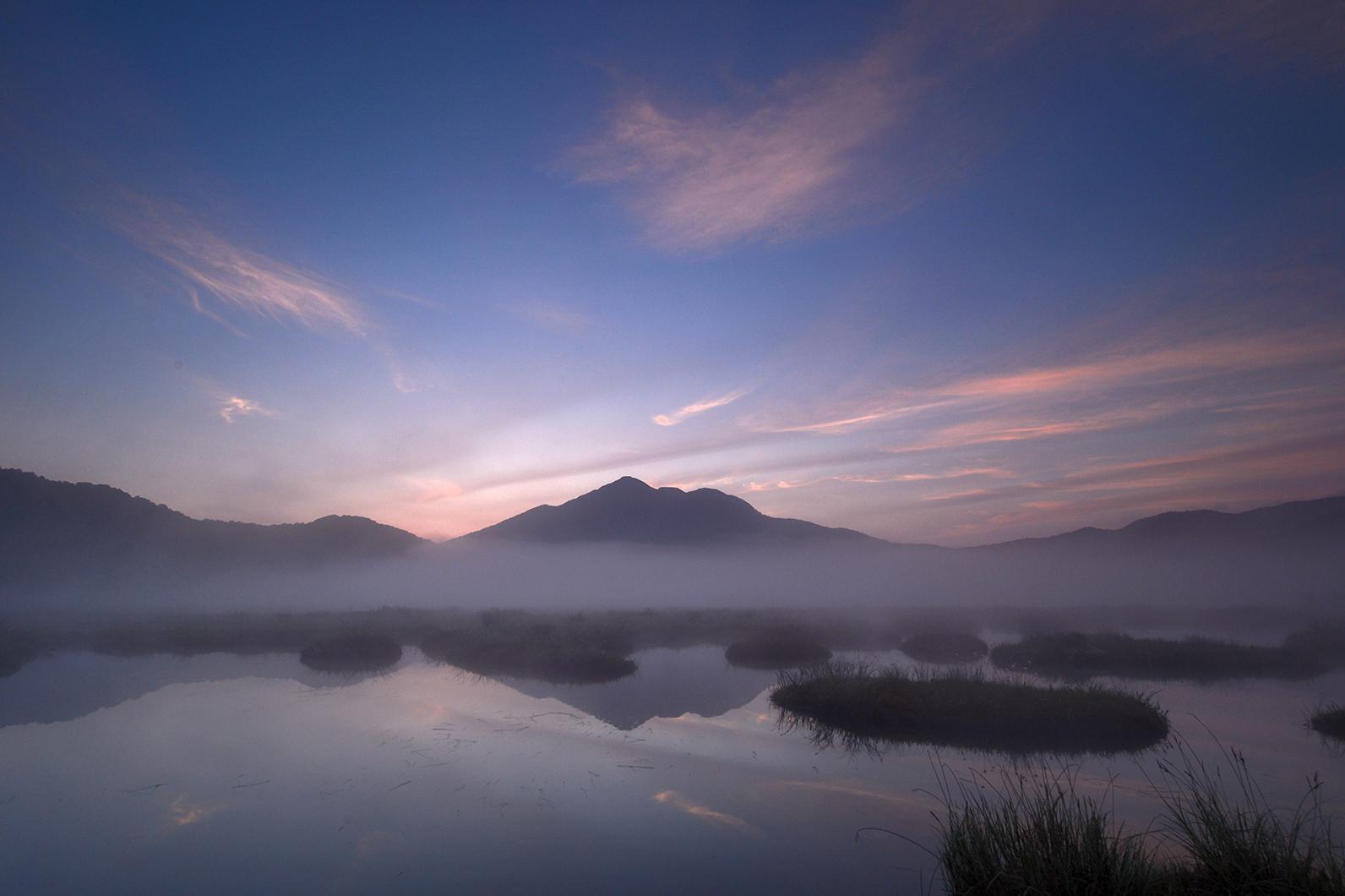 好きな写真の「撮り方」レシピ - 早朝の湿原 | Enjoyニコン | ニコン ...